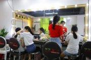 广州江夏菲菲哪里可以学美容美发
