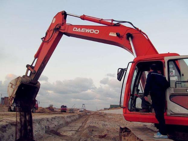 简阳东港区挖掘机资格证培训学校